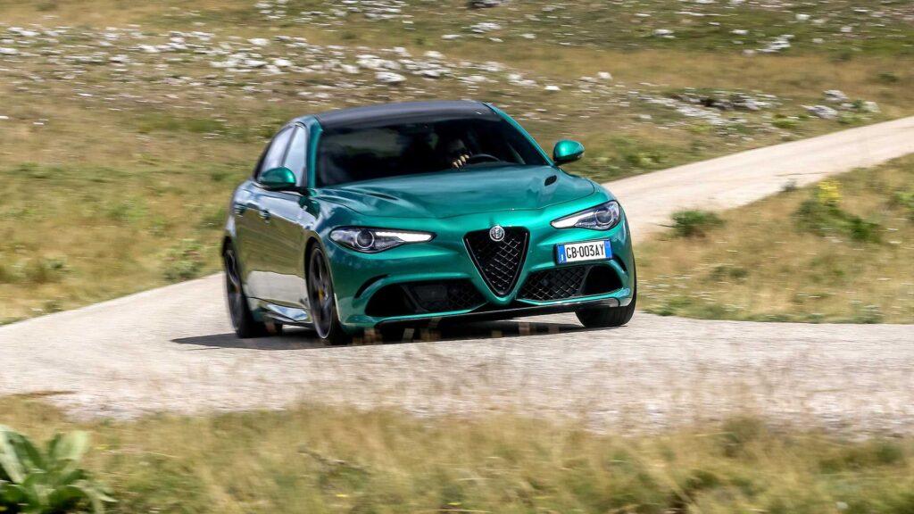 Lancia, DS Automobiles i Alfa Romeo w drodze do elektryfikacji do 2027 roku – strategia Stellantis