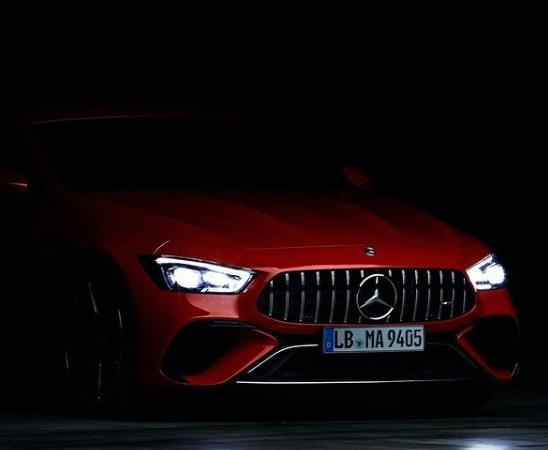 Teaser Mercedesa-AMG GT 4-Door E-Performance