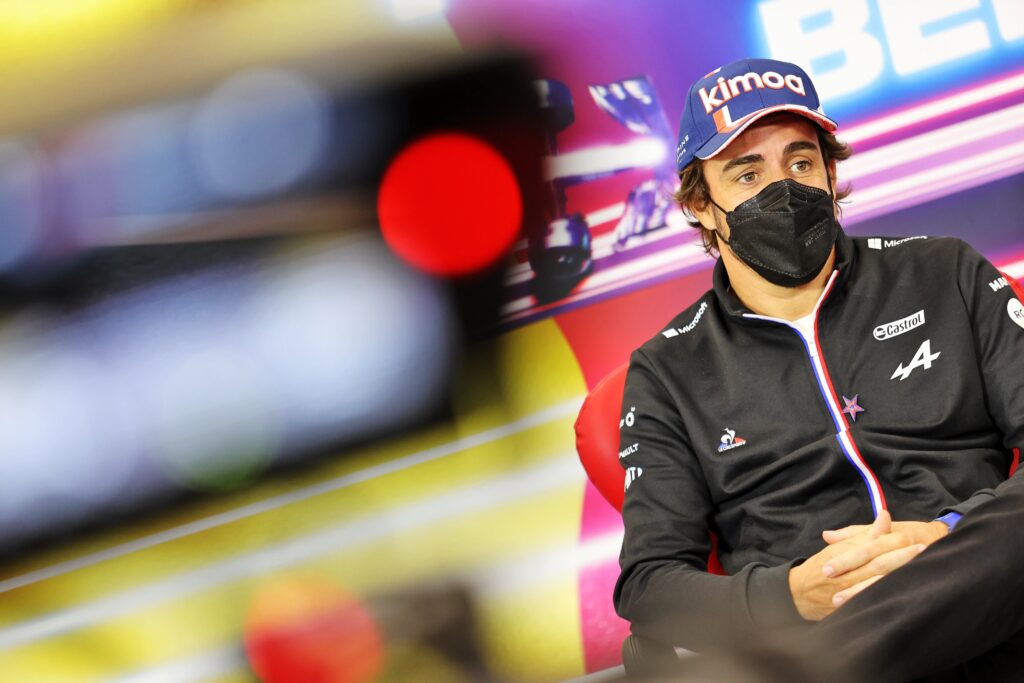 """Alonso: """"Zmiany barier w Eau Rouge nie zastopują poważnych wypadków"""""""