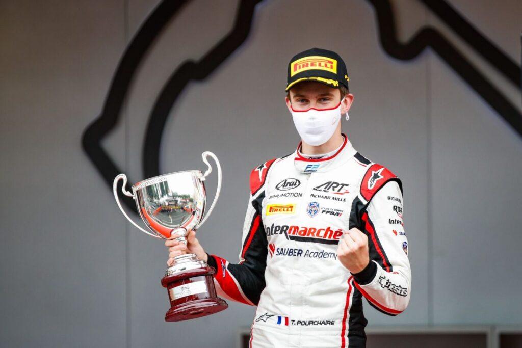 Theo Pourchaire zasiądzie w bolidzie F1. Niepowtarzalna szansa 17-latka