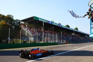 Daniel Ricciardo sensacyjnym zwycięzcą Grand Prix Włoch!