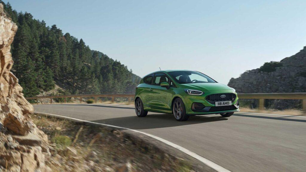 Ford Fiesta po liftingu oficjalnie zaprezentowany – odświeżona stylistyka