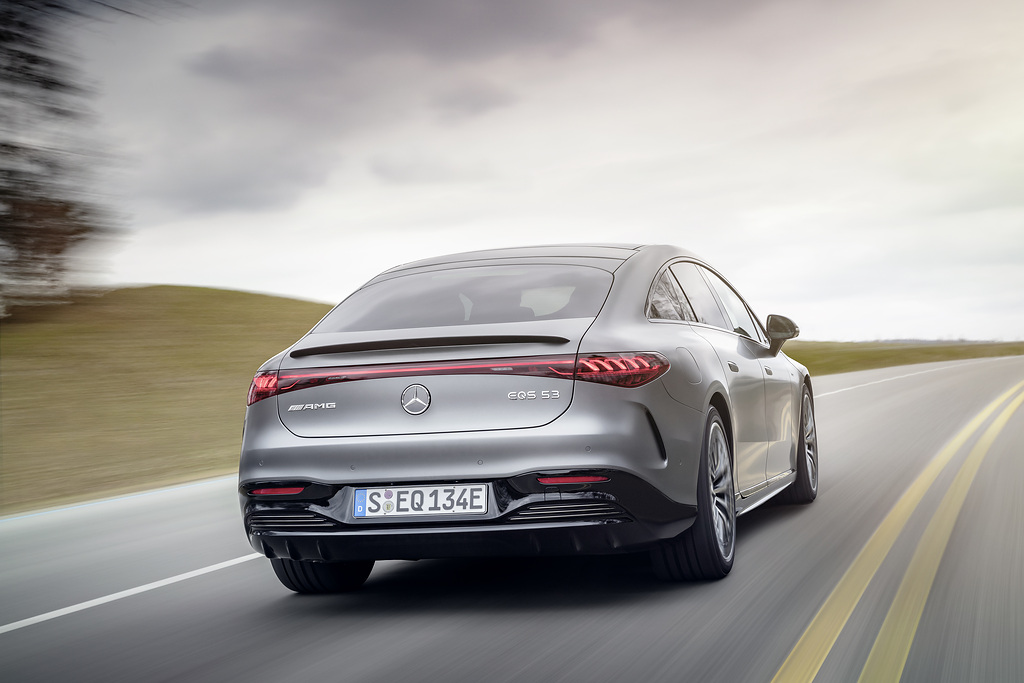 Mercedes-AMG EQS 53 jest początkiem - nadejdzie mocniejsza wersja
