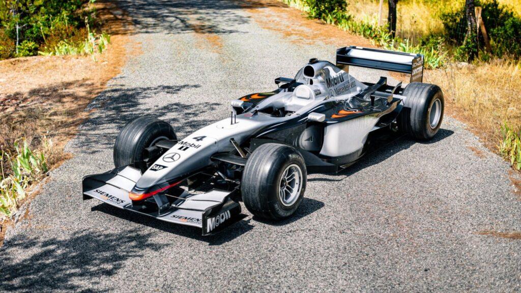 McLaren MP4-17 Kimiego Raikkonena sprzedany za prawie 2 mln funtów