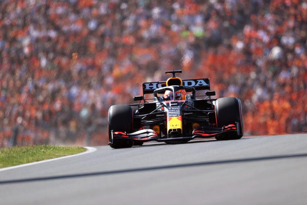 Max Verstappen wygrywa kwalifikacje przed GP Holandii!