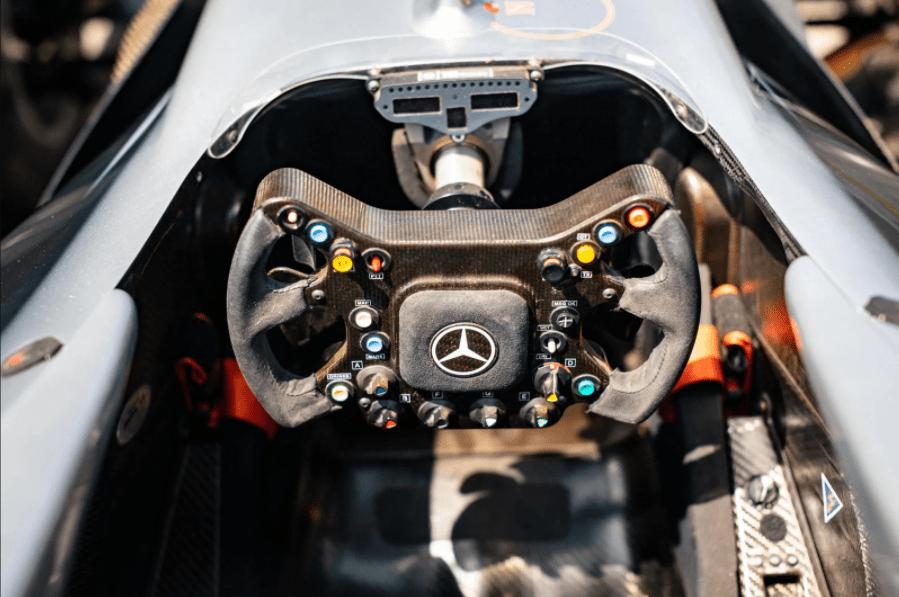 McLaren MP4-17