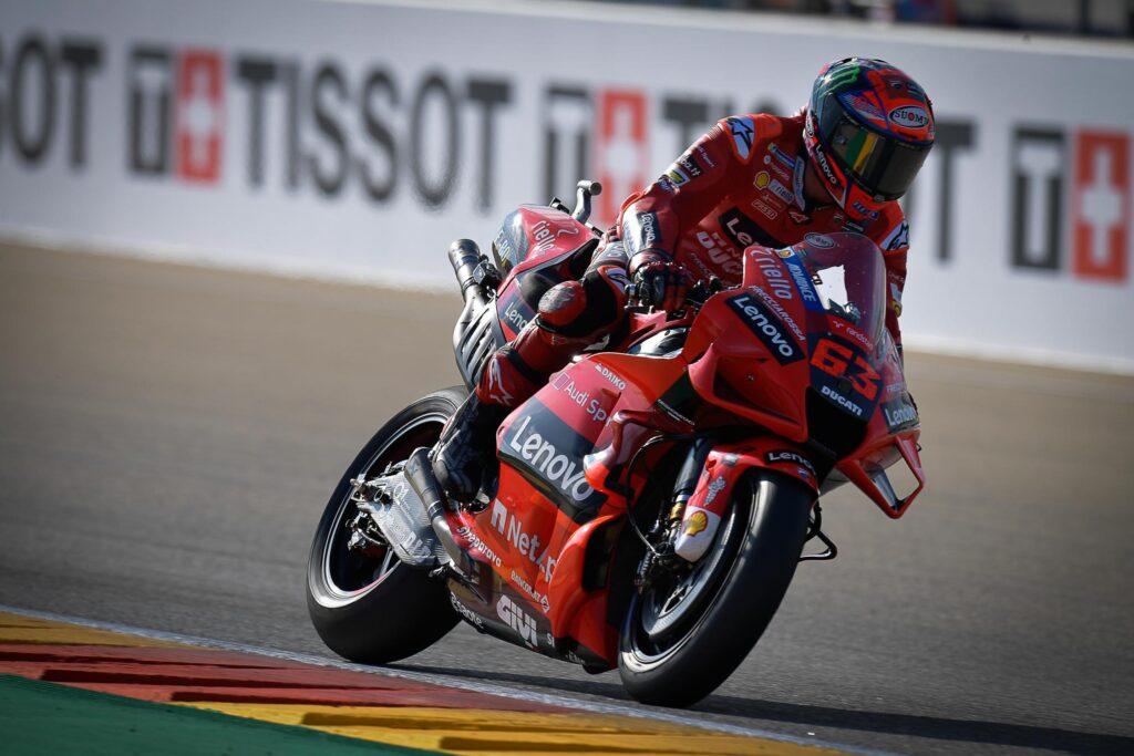Pecco Bagnaia wygrywa swój pierwszy wyścig w Aragonii!