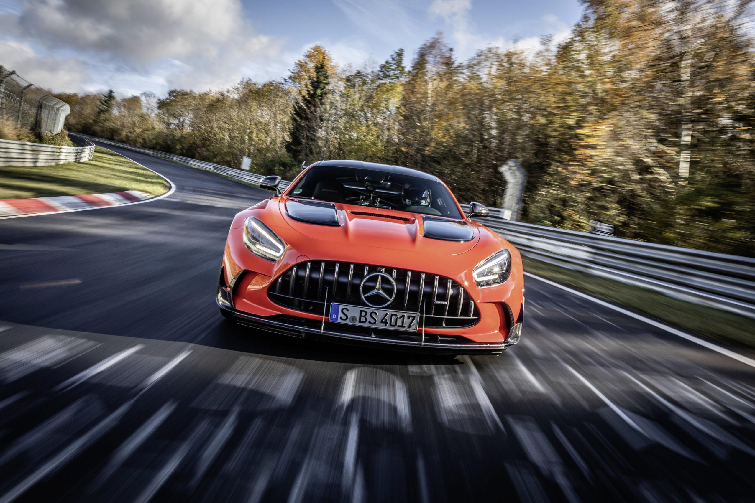 Produkcja modeli AMG GT Coupe i Cabrio zakończy się już w grudniu