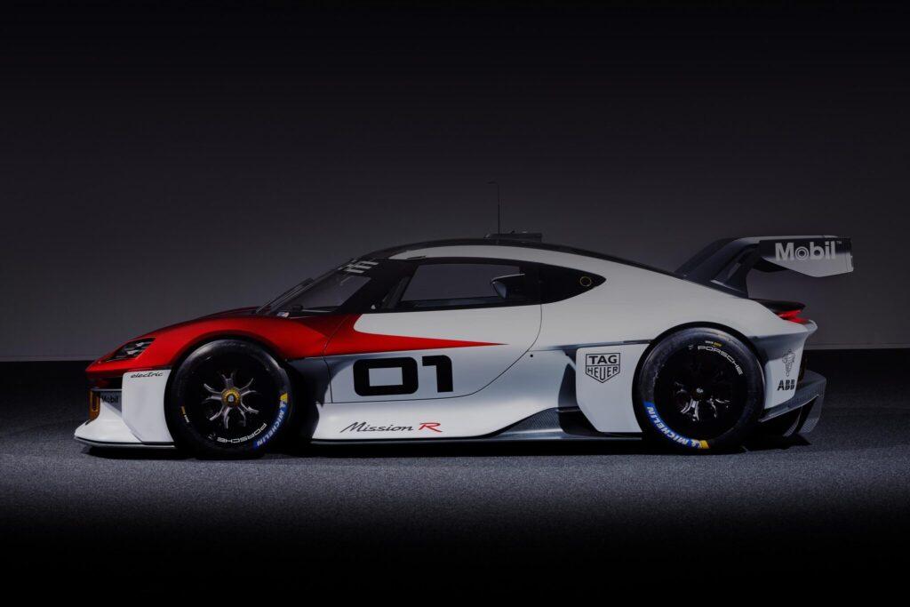 Według Porsche stworzenie elektrycznej 911 powinno być prostsze