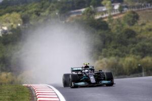 Valtteri Bottas odnosi pewne zwycięstwo w wymagającym GP Turcji!