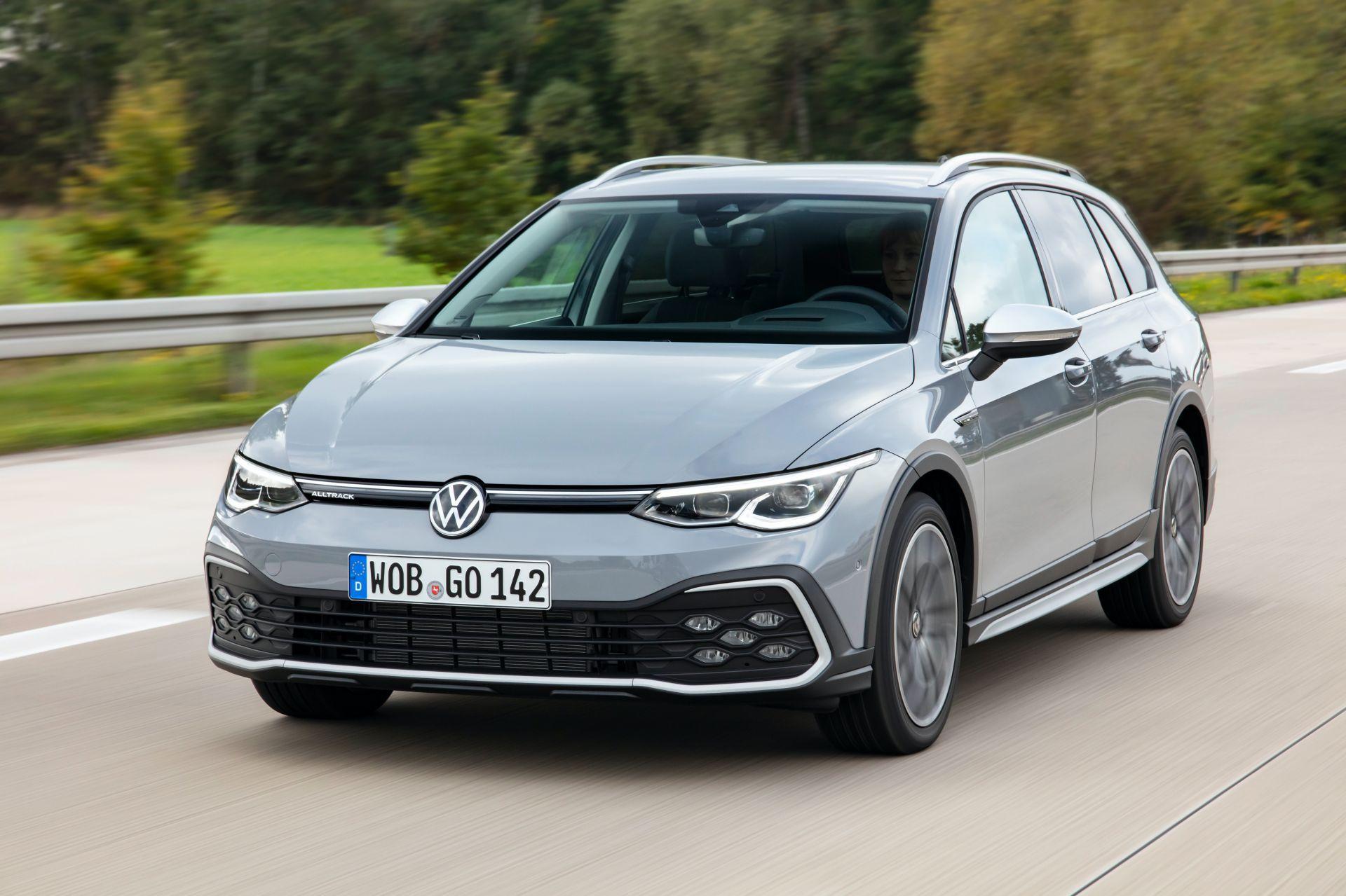 2021-VW-Golf-Alltrack-3